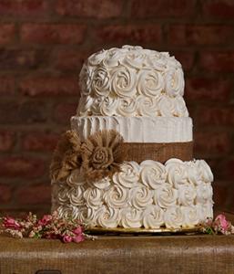 a beautiful rustic wedding cake
